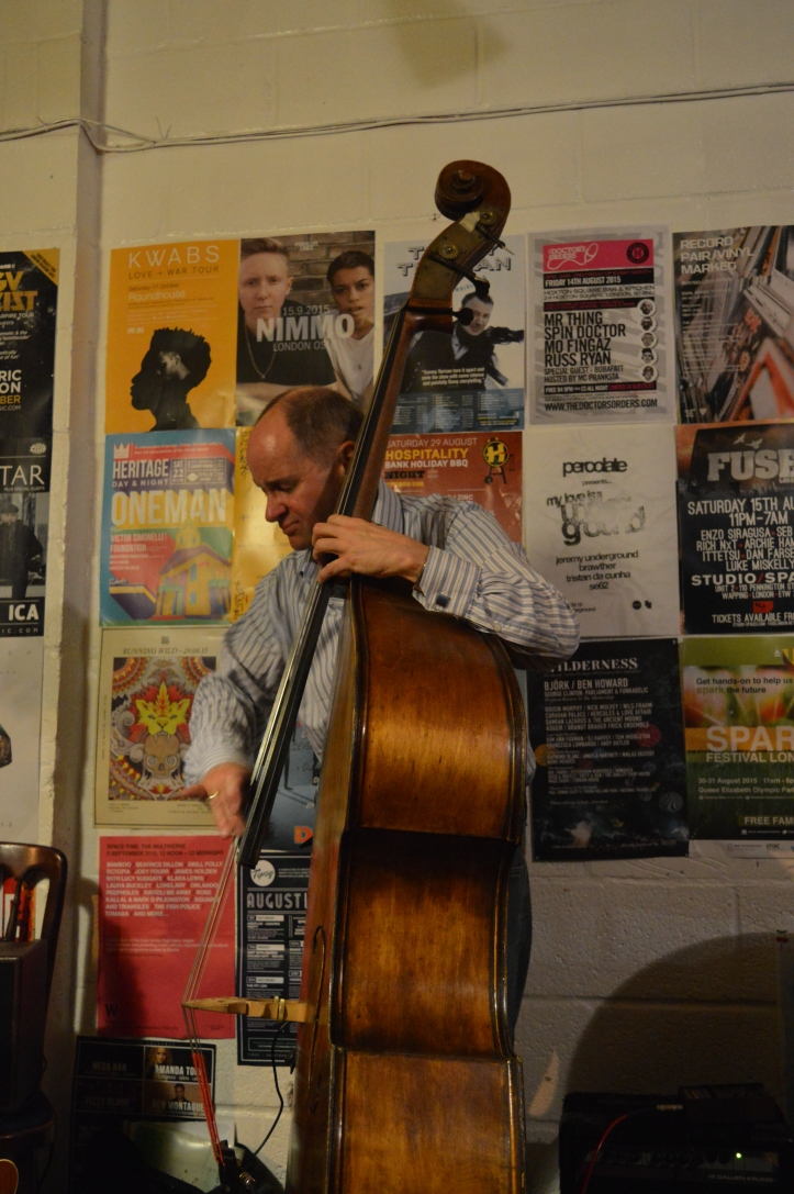 Mario Castronari - bass.Troyganic jazz jam- Jazz jams in London - Jazz drums - Jazz music - Live music in London East