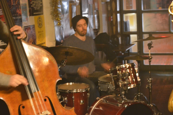 Laurie Lowe - drums .Troyganic jazz jam- Jazz jams in London - Jazz drums - Jazz music - Live music in London East
