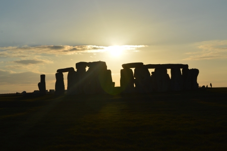 Stonehenge - England travel - places to see in England- sunset - photography - travel pictures